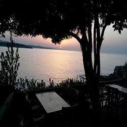 Kerpe Ceneviz Cafe Bar